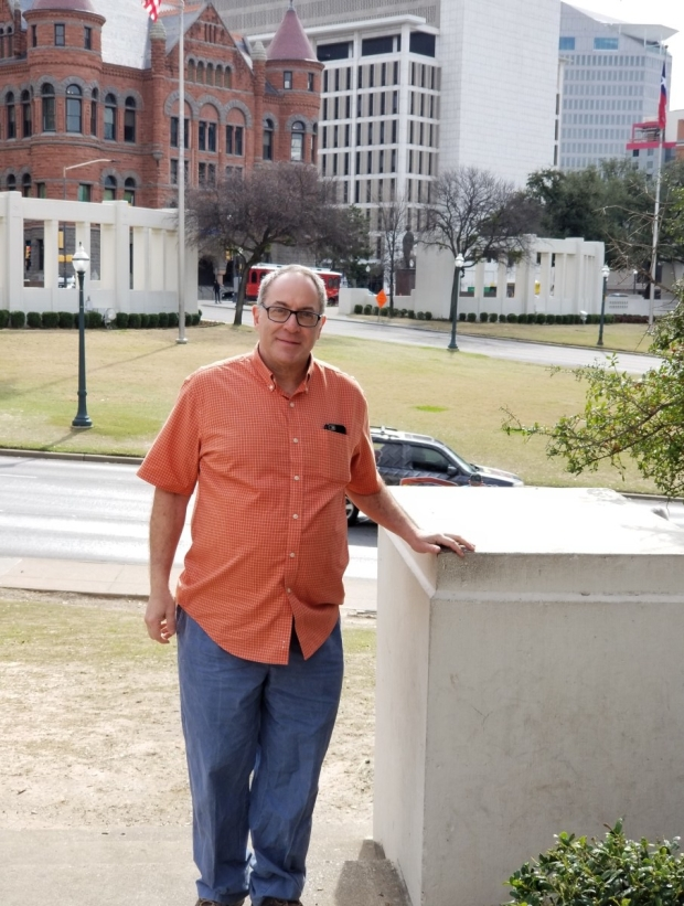 fred in dealey plaza - sharp small